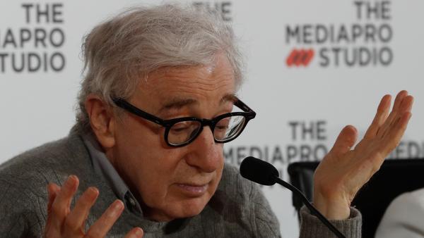 Woody Allen en una comparecencia en San Sebastián
