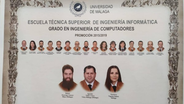 Orla de la promoción 2015/2019 del grado en Ingeniería de Computadores de la Universidad de Málaga