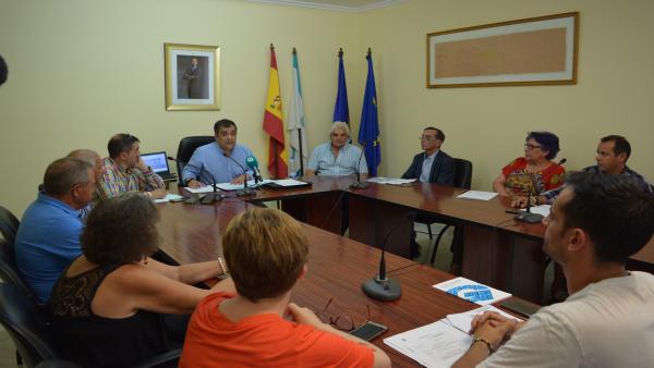 Pleno extraordinario en el Ayuntamiento de Monterrei (Ourense) por los daños de las lluvias y granizo.