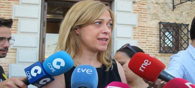 La portavoz de Cs en las Cortes regionales, Carmen Picazo, atiende a los medios