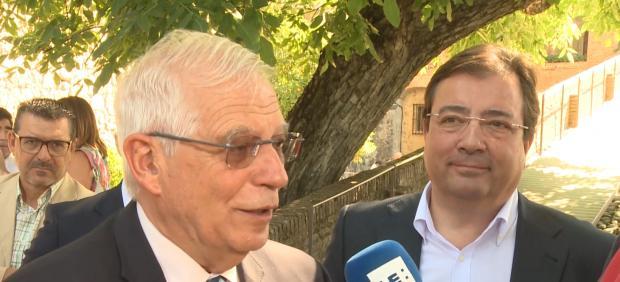 Borrell replica a Torra que ni Cataluña tiene embajadas ni Exteriores espías.