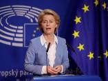 Ursula von der Leyer en una rueda de prensa