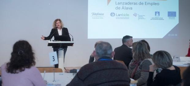 La Diputada De Fomento Del Empleo, Comercio Y Turismo, Cristina González
