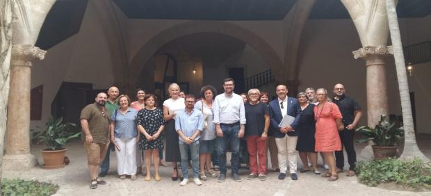 Foto de la primera reunión del Consell Municipal de Cultura de Palma en esta legislatura.
