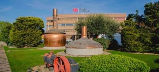 Exteriores de la planta Mahou San Miguel en Lleida