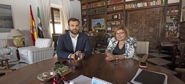 [Grupoextremadura] Reunión Pta Diputación Y Alcalde De Cáceres, Nota, Fotos Y Audios