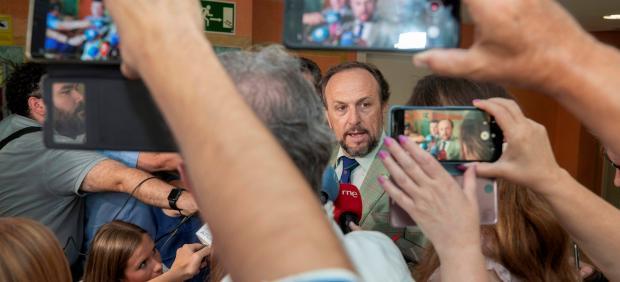 El negociador de Vox en la Región de Murcia, Luis Gestoso
