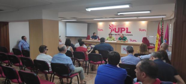 Reunión del Consejo General de UPL celebrado este jueves en la sede de la formación leonesista