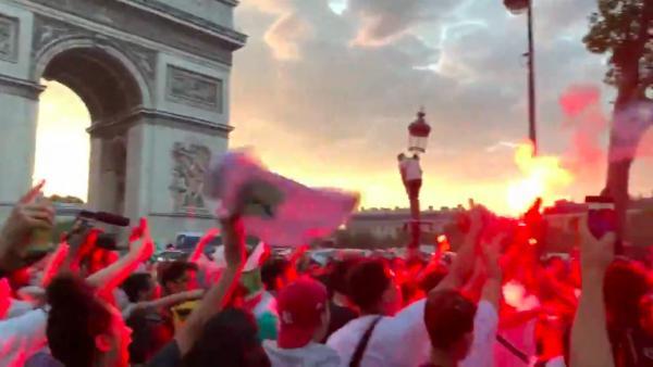 Disturbios en París tras la clasificación de Argelia para la final de la Copa África