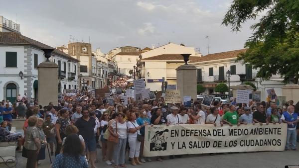 Manifestación en San Roque de ecologistas y colectivos sociales