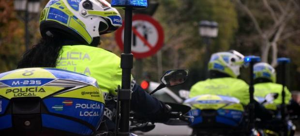 Agentes motorizados de la Policía Local de Sevilla