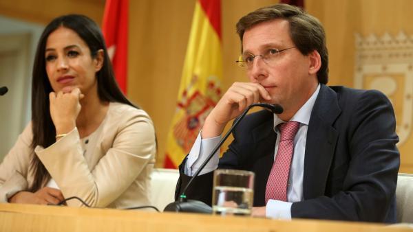 Begoña Villacís y José Luis Martínez-Almeida