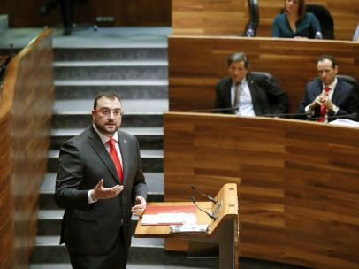 El candidato socialista a la Presidencia del Principado, Adrián Barbón.