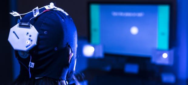 Controlar un videojuego con la mente