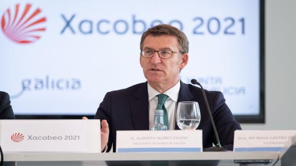 Alberto Núñez Feijóo interviene ante los medios tras la reunión de la comisión Organizadora del Xacobeo 2021.