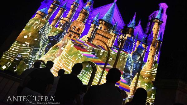 Una de las actividades del Antequera Light Festival con motivo del tercer aniversario de la declaración de los Dólmenes como Patrimonio Mundial de la Unesco.