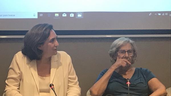 Carlos Soto, Ada Colau y Manuela Carmena.