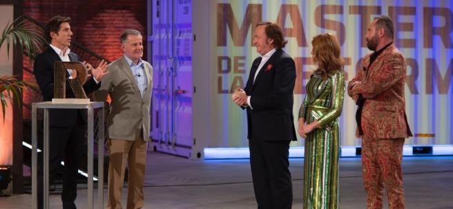 Manel Fuentes con el jurado de 'Masters de la reforma'.