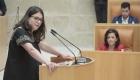 Raquel Romero, la única diputada de Podemos en La Rioja impide la investidura de la socialista Concha Andreu