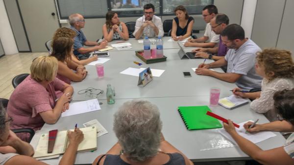 El teniente de alcalde de Cultura y Bienestar Social, Antoni Noguera, reunido con el Tercer Sector Social