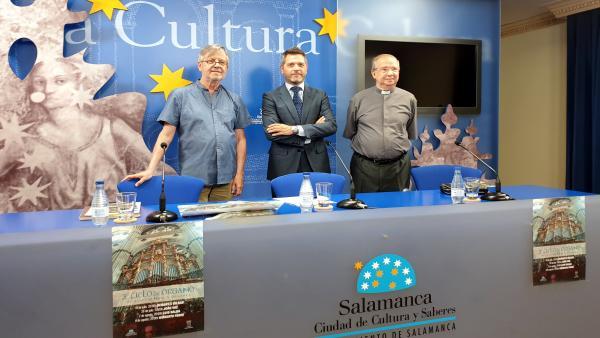 Luis Dalda, Julio López Y Florentino Gutiérrez, De Izquierda A Derecha, En La Presentación Del Ciclo.