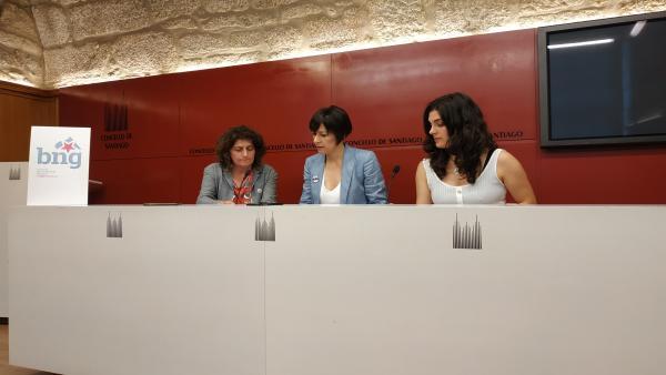 De izquierda a derecha, Goretti Sanmartín, Ana Pontón y Navia Rivas.
