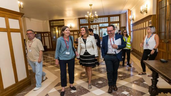 La consejera de Presidencia, Paula Fernández, en la UIMP