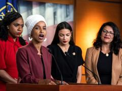 Ayanna Pressley, Ilhan Omar, Alexandria Ocasio-Cortez y Rashida Tlaib