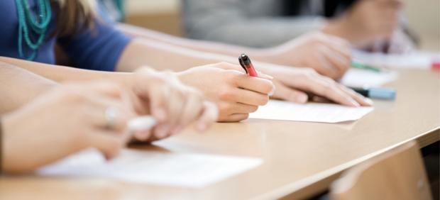 Publicados los resultados definitivos de las pruebas escritas de catalán de mayo, con un 47,4% de ...