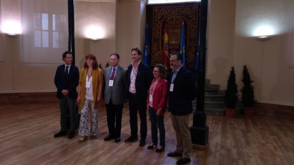 Durante la visita de la comisión inglesa de los premios mundiales del queso,  'World Cheese Awards', en Oviedo.