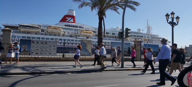 Turistas en Cádiz