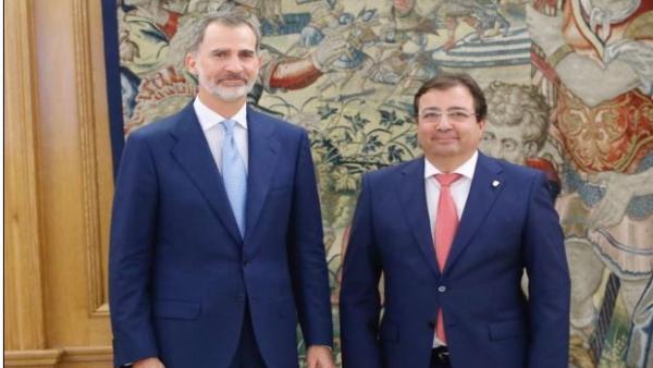 El rey Felipe VI recibe a Guillermo Fernández Vara