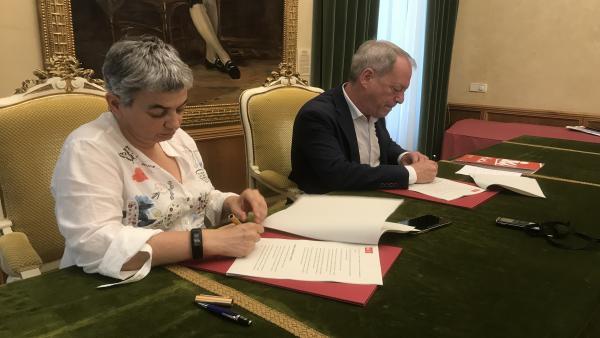 Imagen de la firma del documento.