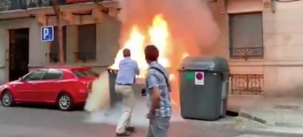 Incendio junto a la sede de VOX en Madrid