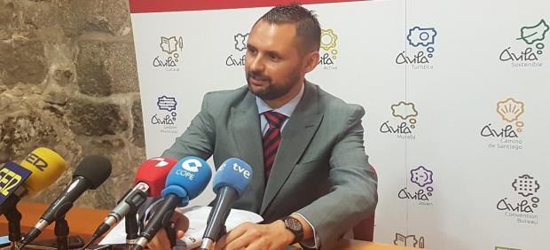 El portavoz del equipo de Gobierno del Ayuntamiento de Ávila, José Ramón Budiño, tras la Junta de Gobierno Local.