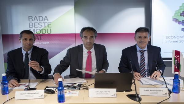 Javier Cortajarena, Ibon Urgoiti y Joseba Madariaga.