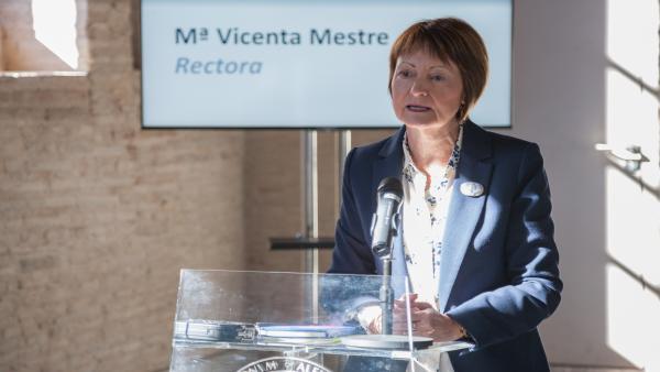 El Claustre de la UV aprova la gestió de Mavi Mestre i el pressupost de 2020