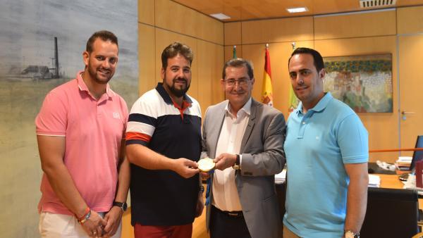 La Diputación de Granada recibe al medallista olímpico Antonio Bailón