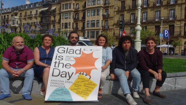 Presentación del festival Glad is the Day