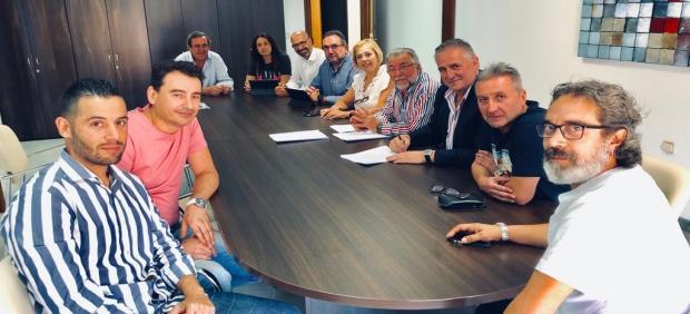 Firma del convenio del metal entre UGT y Femeco.