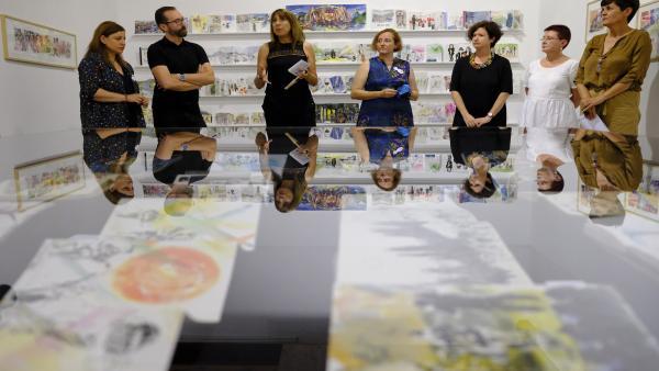 Inauguración de la exposición 'Son dibujos' en el Festival Pirineos Sur.