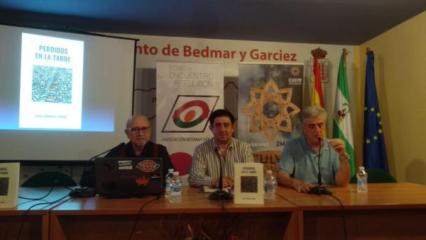 Presentación del lirbo de Diego Rodríguez