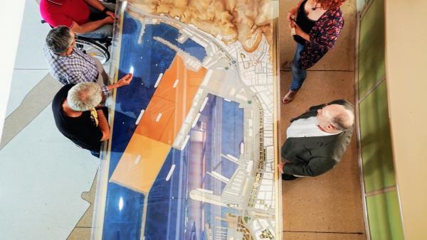 Jesús Caicedo explica proyectos del Puerto al Grupo Socialista del Ayuntamiento de Almería