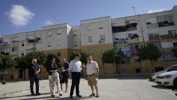 El portavoz de Cs en el Ayuntamiento, Álvaro Pimentel, en el barrio de Las Letanías