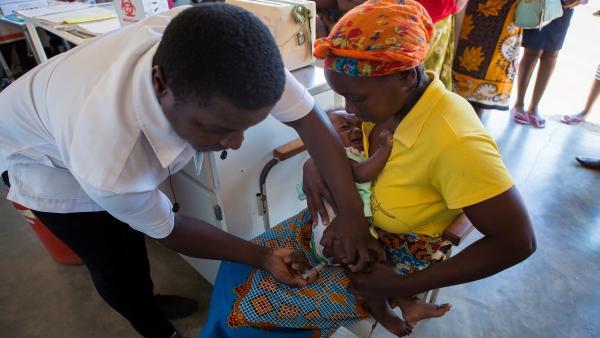 Proyecto de vacunación infantil de 'la Caixa'