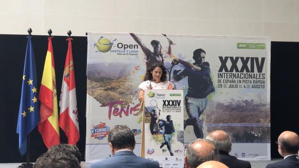 La directora del Open, Virginia Ruano, durante la presentación de la XXXIV edición.