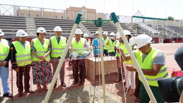Colocación de la primera piedra de las obras del estadio 'Emilio Campra'