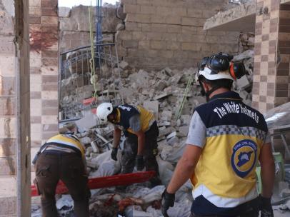 Labores de rescate en el bombardeo Idlib