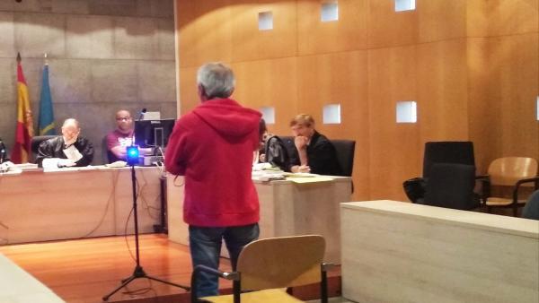El ganadero condenado por disparar a otro tras una discusión durante el juicio.