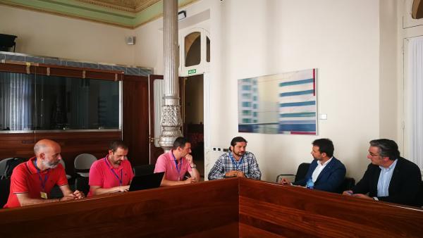 Reunión del grupo parlamentario del PP con trabajadores de Zener.